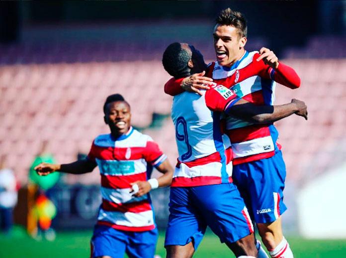 El Granada golea y logra la permanencia en Primera