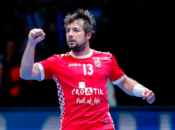 Croatia one step away from World Handball semi-finals